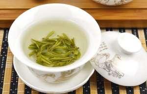 常喝龙井茶可以健身治病