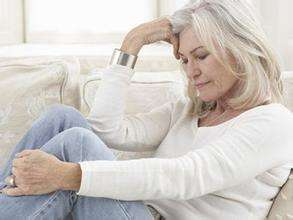 引起老年骨质疏松症的原因