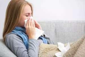 按迎香穴可以缓解感冒鼻塞