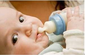 三个月宝宝不吃奶粉应该怎么办呢