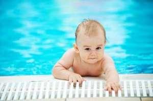 婴儿游泳准备什么
