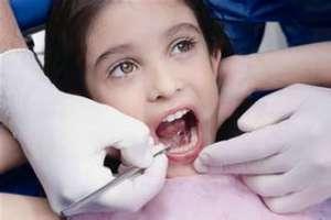 儿童乳牙滞留拔出后需要注意什么