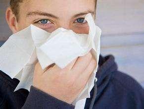 中医是怎么按摩治疗鼻炎的