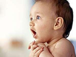 宝宝打嗝是病吗
