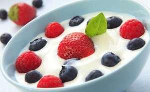 酸奶在中午喝有好处吗