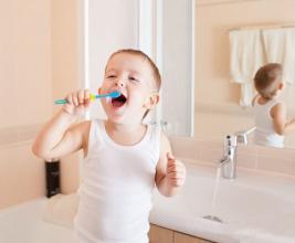 儿童口腔护理的注意事项