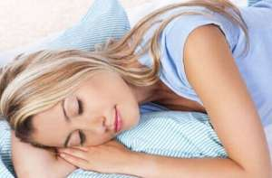 什么姿势睡觉能减肥